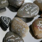 river rock guest book - i wish i had seen this blog before our wedding! this is such a great idea! then you can put them in a vase or something and keep them in your house, out and visible!!