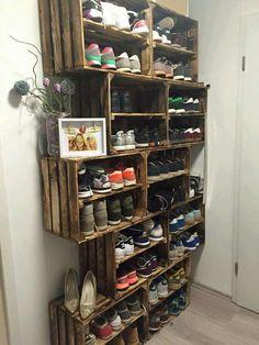 Shoe storage entry way