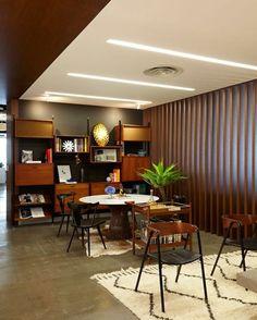 House Beautiful Marketplace tour 1stdibs' stylish new office | stylish office, house beautiful