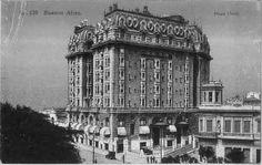 """Plaza Hotel Inaugurado en 1909 en el Barrio de Retiro,  frente a la """"Plaza San Martín""""  fue realizado por el arquitecto alemán Alfred Zucker"""