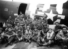Paratroopers and aircrew of Pathfinder Team of the Parachute Infantry Regiment, - Airborne Division prepare for takeoff on June D Day Normandy, Normandy Beach, 82nd Airborne Division, Ww2 History, Paratrooper, France, World War Two, Historical Photos, American History