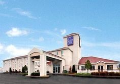 Sleep Inn Suites Port Clinton Ohio The Hotel Is Conveniently Located On North Coast Of Lake Erie