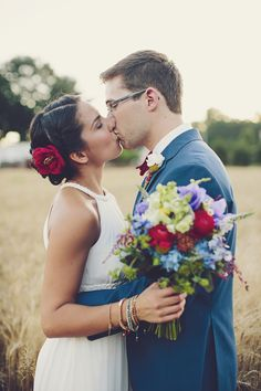 Photography : Brooke Courtney Photography | Flowers : Splints & Daisies | Dress : Karen Chow Read More on SMP: http://www.stylemepretty.com/2013/11/11/americana-wedding-from-brooke-courtney-photography/