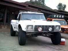 A sweet classic ford prerunner.