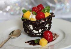 Chocolate Fruit Basket Recipe - Best Home Chef Yummy Treats, Delicious Desserts, Dessert Recipes, Cooking Chocolate, Melting Chocolate, Fruit Dishes, Fruit Food, Chocolate Basket, Elegant Desserts