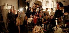 """Für die Ausstellung """"Surreale Dinge"""" vom 11. Februar – 29. Mai 2011 hat die junge Künstlergruppe et al.* das Treppenhaus der SCHIRN KUNSTHALLE in ein begehbares Gruselkabinett verwandelt. Ein Gespräch mit der Künstlergruppe."""