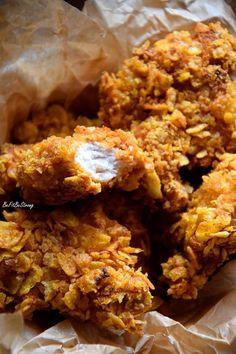 Zdrowe strips'y jak z KFC - kurczaki w panierce FIT - Just Be Fit Be Strong! New Recipes, Dinner Recipes, Cooking Recipes, Healthy Recipes, Helathy Food, Nutrition, Korean Food, Quick Easy Meals, Food Hacks