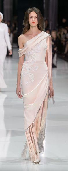 Ralph & Russo Printemps-été 2018 - Haute couture - http://fr.orientpalms.com/Ralph-Russo-7012 - ©ImaxTree