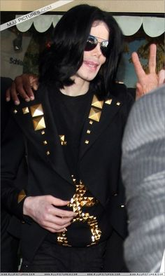 I miss you my angel... You give me butterflies inside Michael... ღ by ⊰@carlamartinsmj⊱