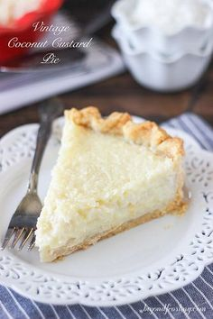 This Old Fashioned Coconut Custard Pie is similar to what you would imagine a coconut crème brulee might be. The flaky pie crust is filled with loads of shredded coconut set in a baked custard. - sub gf pie crust Kokos Desserts, Coconut Desserts, Coconut Recipes, Köstliche Desserts, Pie Recipes, Sweet Recipes, Delicious Desserts, Dessert Recipes, Yummy Food
