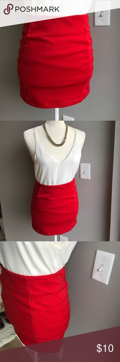 """Red mini skirt! In great condition! Worn once! 10% off bundle of 3 or more. Make me an offer. No trades. Smoke free home. ❤️😄Waist-26 length-15"""" Forever 21 Skirts Mini"""
