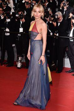 Sienna Miller en Valentino haute couture printemps-été 2015 | Festival de Cannes 2015