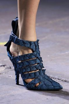 Never too much navy  - want 'em