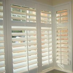shutters in a bay window Curtains With Blinds, Blinds For Windows, Windows And Doors, Bay Windows, Burlap Curtains, Wood Blinds, Interior Window Shutters, Bedroom Shutters, Home