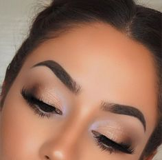 Gorgeous Makeup: Tips and Tricks With Eye Makeup and Eyeshadow – Makeup Design Ideas Kiss Makeup, Glam Makeup, Makeup Inspo, Bridal Makeup, Makeup Inspiration, Hair Makeup, Makeup Trends, Make Up Looks, Gorgeous Makeup
