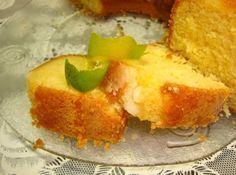 Bolo de Laranja Inteira - Veja como fazer em: http://cybercook.com.br/receita-de-bolo-de-laranja-inteira-r-12-110002.html?pinterest-rec