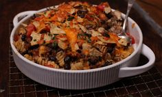 Chili Mac Casserole with Ground Beef Side Recipes, Pasta Recipes, Dinner Recipes, Cooking Recipes, Healthy Recipes, Macaroni And Cheese Casserole, Chili Mac, Evening Meals, Ground Beef Recipes