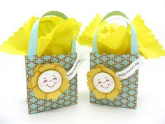 These cute bags were created using the Fancy Favor Die, Blossom Punch and the Bitty Banner dies from Stampin' Up! Great for Mother's Day!!