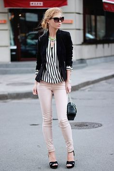 Spring Summer Fashion 2015 Trend Alert : Statement Stripes - Be Modish - - If you are looking for the latest bold spring fashion, statement stripes might be the answer you are looking for! 2015 Fashion Trends, 2015 Trends, Neue Trends, Latest Trends, Casual Outfits, Fashion Outfits, Womens Fashion, Work Fashion, Fashion Design