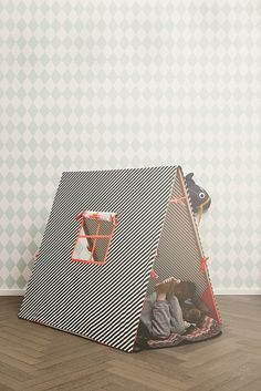 Tent -pinned by www.auntbucky.com #tent #kids #play