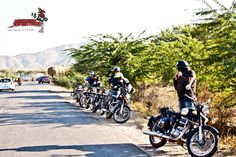 On the way to Pushkar, was a long ride and we had many tea (Chai) halts on our way.