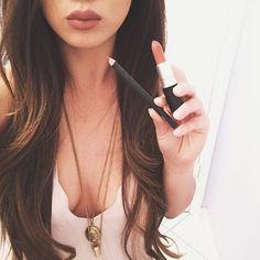MAC: liner Whirl & lipstick Velvet Teddy
