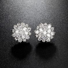 AAA Cubic Zirconia Flowers Clusters Stud Earring Sliver Color Fashion Jewelry Earrings For Women Bridal Bijouterie Cluster Earrings, Women's Earrings, Fashion Jewelry, Women Jewelry, Fashion Clothes, Or Rose, Rose Gold, Diamond Studs, Colorful Fashion