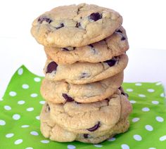 Chocolate Chips Cookies - The Dessert Lover