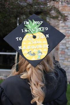 funny graduation cap designs awesome / funny graduation cap designs - funny graduation cap designs the office - funny graduation cap designs college - funny graduation cap designs awesome Funny Graduation Caps, Graduation Cap Designs, Graduation Cap Decoration, Graduation Diy, Grad Cap, Graduation Pictures, Psych Movie, Psych Tv, Psych Memes