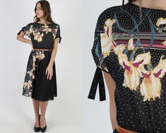 Black Shoulder Tie Lily Floral Dress / Tiny White Polka Dots / Vintage Sheer 70s Disco Garden Flowey Sun Mini Midi Dress 1970s Dresses, Country Dresses, Flower Skirt, Floral Midi Dress, Vintage 70s, Crochet Lace, Cap Sleeves, Bodice, Polka Dots