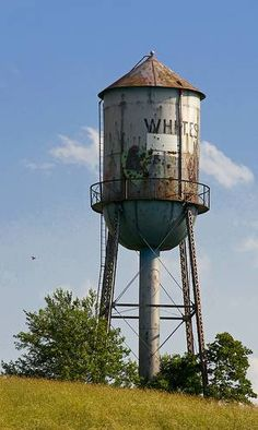 Old Water Tower, Water Tank Hill, Whitesville Ky - Pictures, photos and images from Whitesville, KY Cafe Window, Derelict Places, Urban Beauty, Creation Photo, Tower House, Landscape Wallpaper, Water Tower, Rustic Barn, Water Tank