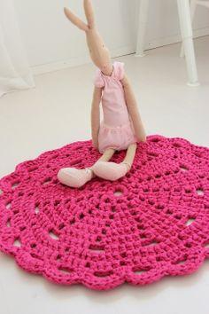 Virkattu matto pinkki 67cm