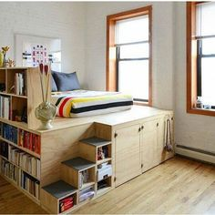 Small Bedroom Ideas, small master bedroom ideas, small bedroom decorating ideas, bedroom ideas for small rooms, small bedroom storage ideas Small Apartments, Small Spaces, Studio Apartments, Elevated Bed, Platform Bed With Storage, Bed Platform, Beds With Storage, Loft Bed Storage, Raised Platform Bed