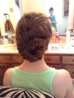 Beautiful Beautiful Conch Shell Bun. But Instead Of A Full Braid, Curl The Ends. I  Got It Done At The Hair Barn In Gate City, Virginia.