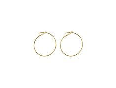 earrings in 18 kt yellow gold (0,9 g).trois petits points brandmade in Parisshipping by post. For any further method of shipping, please contact us.if your country is out of the list, please contact us to know the shipping cost.boucles d'oreille en or jaune 18 carats (0,9 g).marque trois petits pointsfabriqué à Parisenvoi par la Poste. Pour un autre mode de transport, veuillez contacter trois petits points.