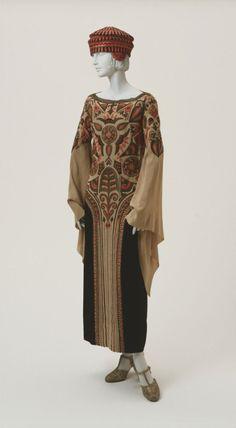 DressPaul Poiret, 1923The Philadelphia Museum of Art