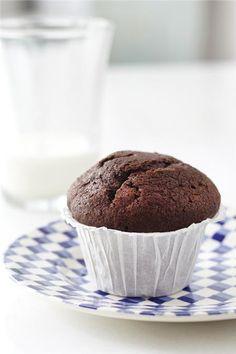 Cupcakes σοκολάτα Cake Cookies, Cupcakes, Pastry Recipes, Muffins, Sweets, Sugar, Breakfast, Food, Kids