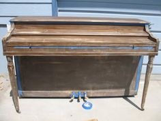 How to Paint Your Piano! : 5 Steps (with Pictures) - Instructables Repurposed Furniture, Home Decor Furniture, Furniture Makeover, Painted Furniture, Diy Home Decor, Redoing Furniture, Piano Restoration, Furniture Restoration, The Big Comfy Couch