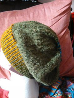 Slaskehue i ret Knitted Hats, Knitwear, Knit Crochet, Ravelry, Knitting, Projects To Try, Inspiration, Hat, Tricot