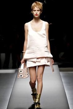 Prada Spring 2013 Ready-to-Wear Fashion Show - Stina Rapp Wastenson