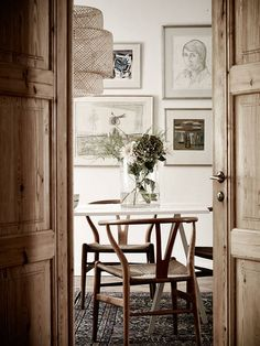 gallery wall behind table