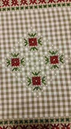 Cushion Embroidery, Hand Embroidery Flowers, Baby Embroidery, Hand Embroidery Stitches, Ribbon Embroidery, Embroidery Patterns, Cross Stitch Patterns, Chicken Scratch Patterns, Chicken Scratch Embroidery