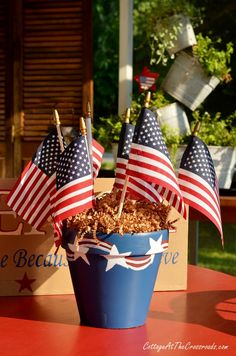 I'm guest posting today over at Live Creatively Inspired where I'm sharing how I made these patriotic painted pots. July Crafts, Holiday Crafts, Home Crafts, Holiday Decor, Memorial Day Holiday, 4th Of July Decorations, Table Decorations, Painted Pots, Veterans Day