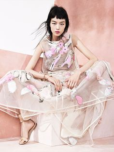This Modern Romance, Chloe, Dolce & Gabbana, Dries van Noten, Fei Fei Sun, Giambattista, Vogue, China, 2014