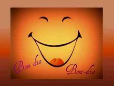Músicas para o Jardim de infância - Bom dia (que bom que é) Portuguese Quotes, Say Hi, Musical, Be Yourself Quotes, Words Quotes, Diy And Crafts, Table Lamp, Joy, Humor