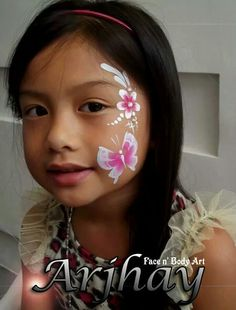 Pretty & fast face painting.
