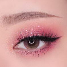 eyeshadow makeup kit makeup slime revolution eyeshadow pa… - Make Up Creative Eye Makeup, Eye Makeup Art, Pink Makeup, Dress Makeup, Girls Makeup, Makeup Kit, Makeup Inspo, Eyeshadow Makeup, Makeup Ideas