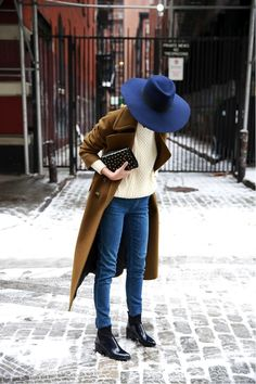 How To Elevate A Classic Winter Outfit | Le Fashion | Bloglovin' a navy hat pairs well with neutrals