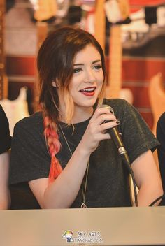 Against The Current wallpaper Crissy Costanza, Holly Willoughby Style, Girly Dp, Ideal Girl, Hollywood Divas, Beauty Tutorials, The Most Beautiful Girl, Celebs, Celebrities