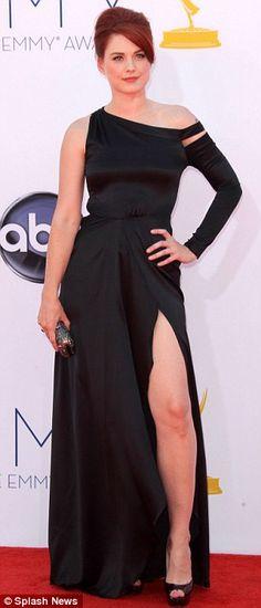 Dışarı sağ bacak koyun ...: Alexandra kırmızı halı üzerinde poz Ms Jolie okuldan bazı ipuçları aldı